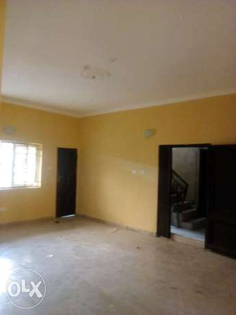 Very decent new 3bed at Shaki crescent 800k Surulere - image 1