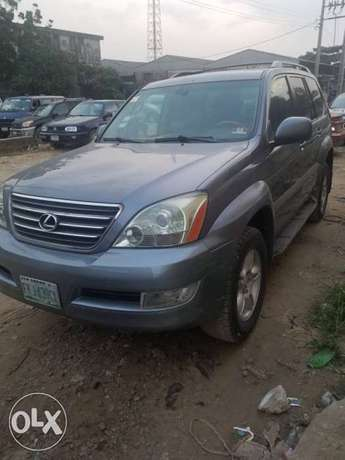 Super clean naija used Lexus Gx470 for 3.2m Ikeja - image 2