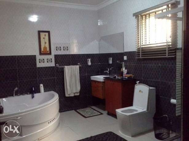 Fully furnished 4bedroom duplex with BQ to let in Chevy view Estate Lekki - image 6