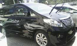 Toyota Alphard 2010 fully loaded with footrest low mileage