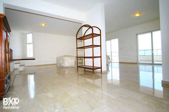 280 SQM Apartment for Rent in Beirut, Clemenceau AP4768