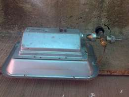 Gas brooder for poultry birds