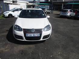 Golf 5 2.0 Model 2008 5 Doors factory A/C And C/D Player