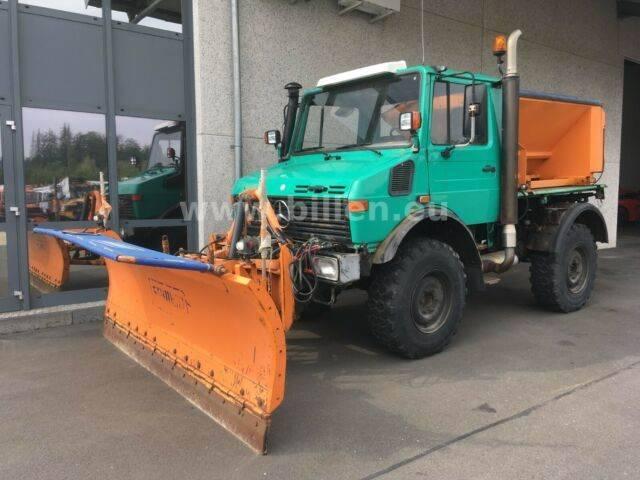 Unimog U 1200 427/10 Winterdienst, Streuer + Schneepfl - 1992
