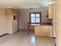 Townhouse To Rent in LHP Bfn