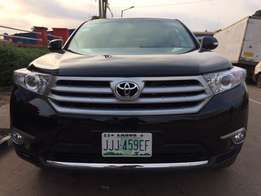 2012 Toyota highlander for sale super neat