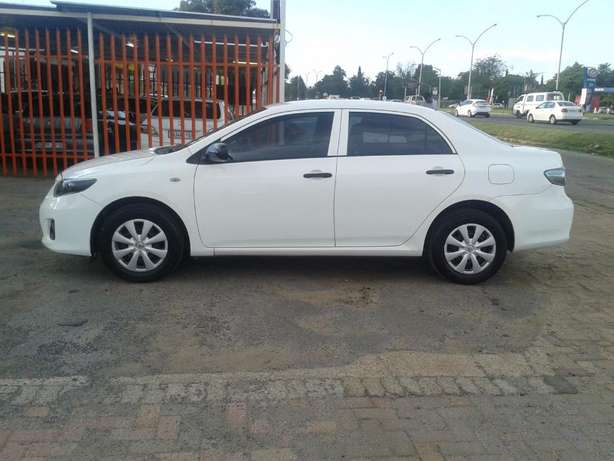 2014 Toyota Corolla 1.6 Quest For Sale R135000 Is Available Benoni - image 7
