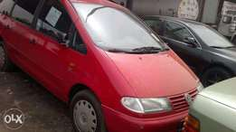 Volkswagen Sharon car 2001 model car for sale at an interesting price
