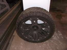 Set of tyres and rims for Jeep at only R7500!