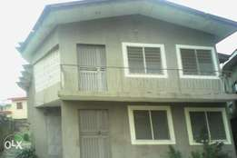 4bed room flat at oluyole