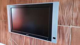 "32"" plasma Phillips TV for sale"