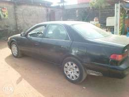 Clean Toyota Camry 2002 model