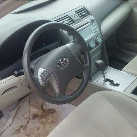 2008 Toyota Camry LE Toks Accident Free Super Clean VIN Available Surulere - image 2
