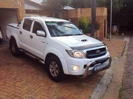 2010 Toyota Hilux, 3.0 d4d legend 40 raider, immaculate one owner, fsh