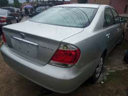 2006 Toyota Camry. Tokunbo. Leather interior