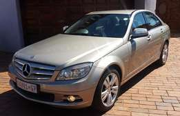 Mercedes-Benz C200 Kompressor Manual (2008 )