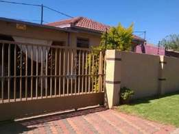 Nice Home With A 3 Bedroom Available in Primville Soweto R2800