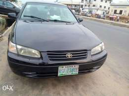 Clean Nigerian used Toyota Camry tiny light