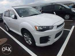 Mitsubishi Outlander Newshape AERO Sports Fully Ready for Import