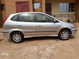 Neatly Uses Nissan Almera Tino '04