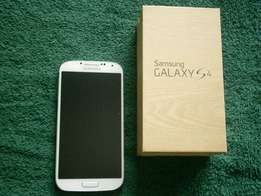 White S4 32GB good condition with box for sale