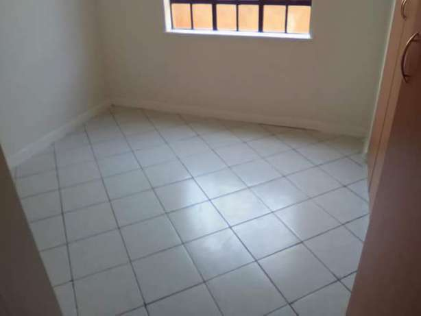 Gypsum & design,tiling,painting,wood flooring services Milimani - image 5