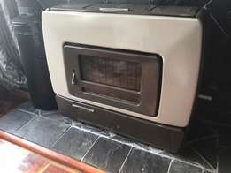 Vintage (circa 1950's) Becker Anthracite Fire Place
