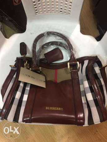 sac burberry handbag