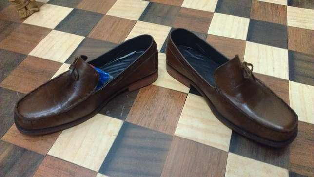 an ACQUILA vintage pure leather loafer size 42(uk 8) Kampala - image 6