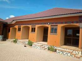 Quality best double for rent in Kisaasi at 300k