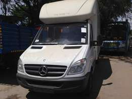 Mercedes-Benz Van/Canter