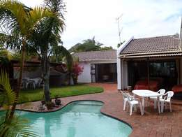 Lovely Upmarket 4 bedroomed Home in sunny Beacon Bay to rent