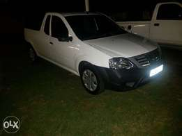 Nissan NP200 for sale 60000kms 1.6i