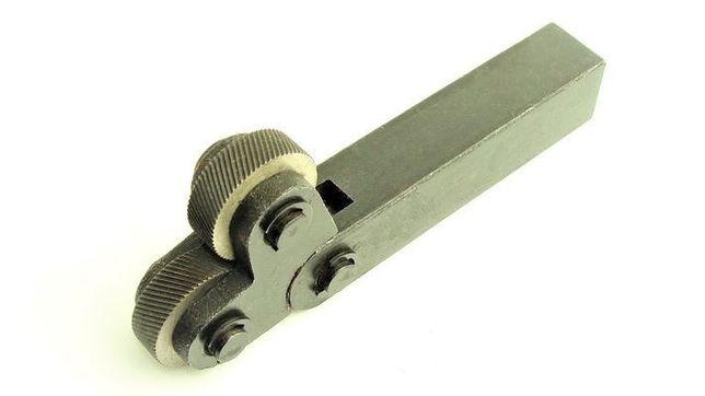afc79af68a13 Moletka - Radełko krzyżowa podwójna o trzonku 20x18mm Piła - image 1