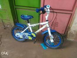 Ex UK size 14 kids bike