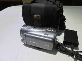 Canon LEGRIA HF M406 Full HD PAL Pro Camcorder