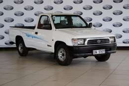 2001 Toyota Hilux 2400D LWB Single Cab,