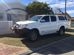 Selling My Toyota Hilux 3.0 D4D 4x4.Nearest cash offer secures.