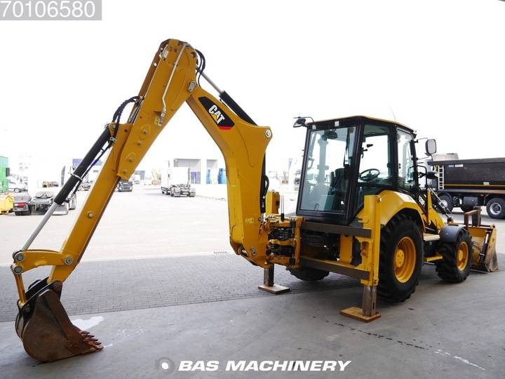 Caterpillar 428F2 Nice Clean Machine / AC - 2015 - image 5
