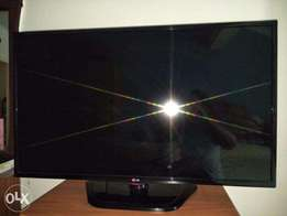 LG TV 42LN5100 for Quick Sale!!