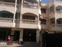 Spacious 3br modern rental flat,ensuit+aircon in secure Nyali area