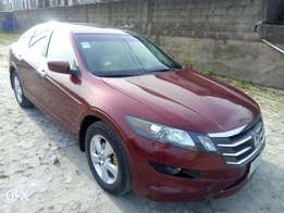Honda crosstour 2011 5 months used nothing to fix first body