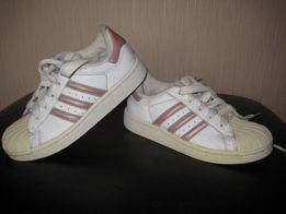 Buty sportowe Adidas Superstar rozmiar 32 Wodzisław Śląski