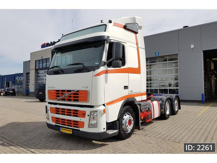 Volvo FH12 420 Globetrotter, Euro 3, MANUAL GEARBOX, ADR - 2005