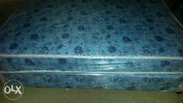 single beds R700 plus free delivery