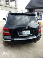 Glk350,fulloption,first body,lagos cl.