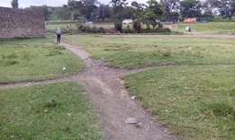 1/4 acre plot fronting Highway for sale in Free-area Nakuru