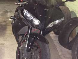 2006 Yamaha YZF-R1 Raven Edition to swop for stock Superbike