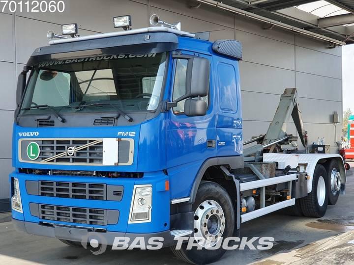 Volvo FM 12.420 6X2 Steering-axle German-Truck - 2004