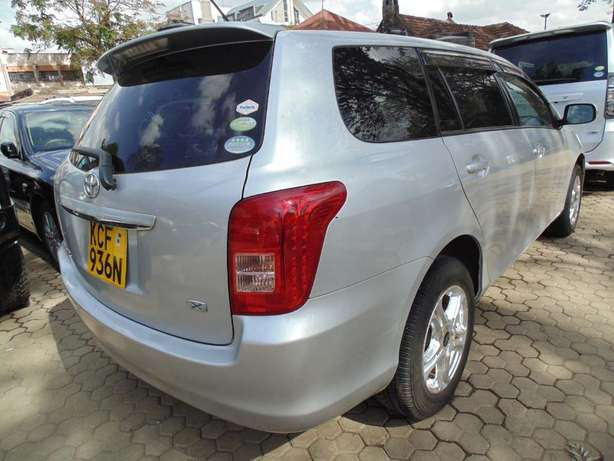 A very clean Toyota Fielder on sale Hurlingham - image 3